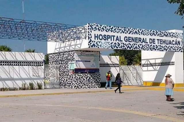Acusan ocho muertes a falta de oxígeno en Hospital de Tehuacán