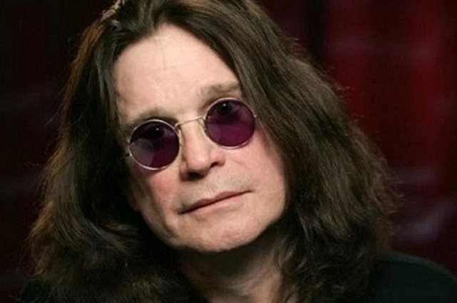Ozzy Osbourne reaparece tras rumores de grave salud