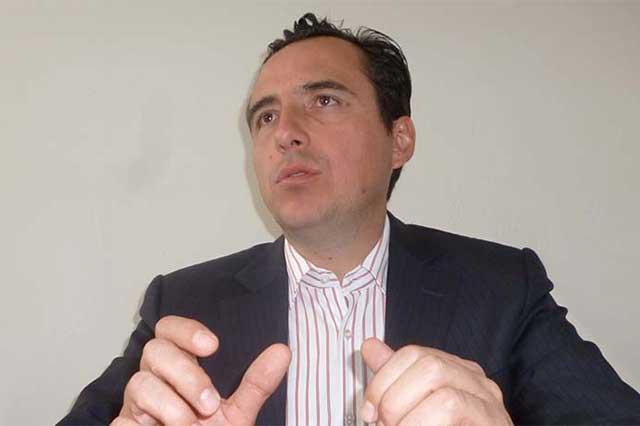 Exige Pablo Fernández a responsables de la pobreza en Puebla, dar la cara