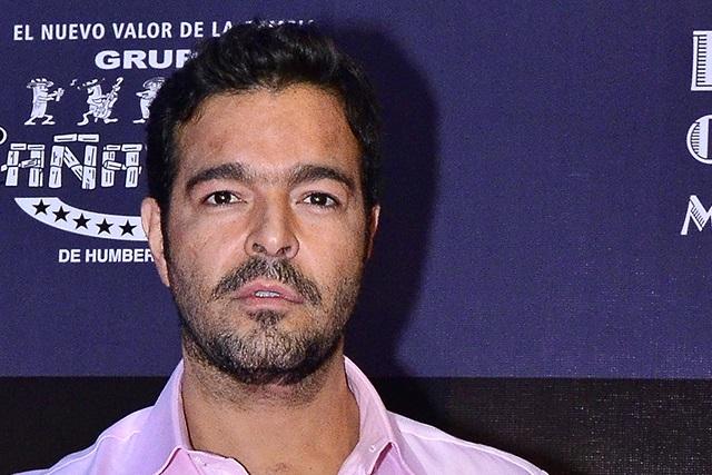 Pablo Montero explota contra prensa y niega que se haya ido sin pagar cuenta