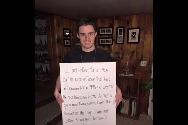 Joven pide ayuda en Facebook para encontrar a su padre biológico