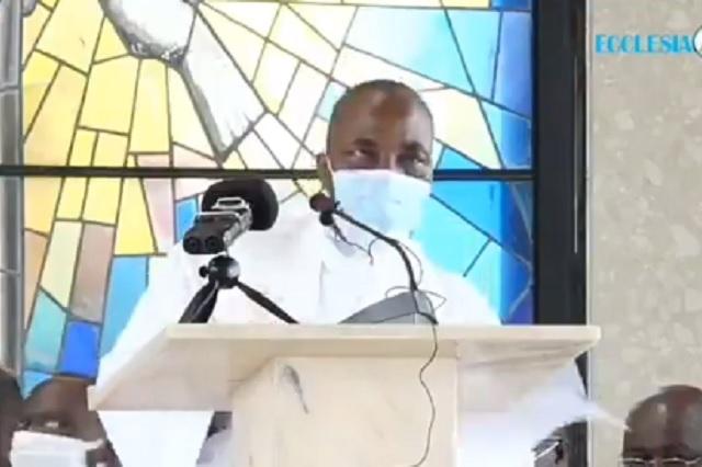 Muere sacerdote mientras ofrecía una misa en Camerún