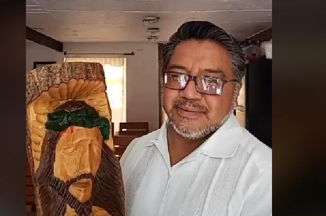 El Padre Cheke, un sacerdote poblano que arrasa en TikTok