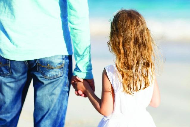 6 razones por las que una mujer debe considerar salir con un padre soltero