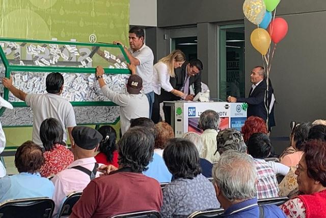 Concluye Agua de Puebla pago anual anticipado 2019 con sorteo