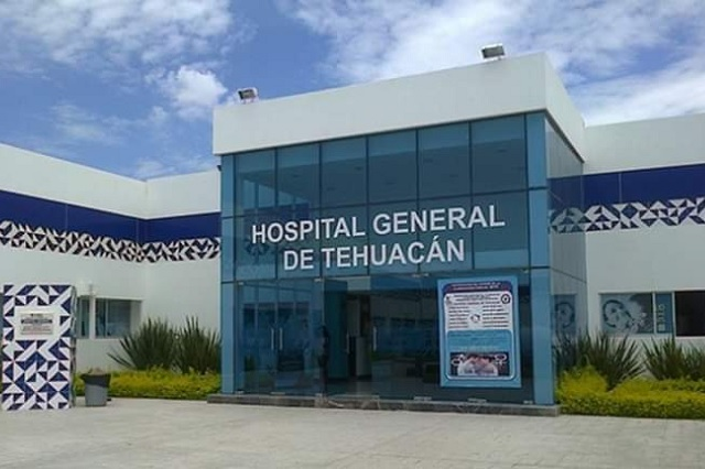Personal médico de Tehuacán exige pago de bono Covid