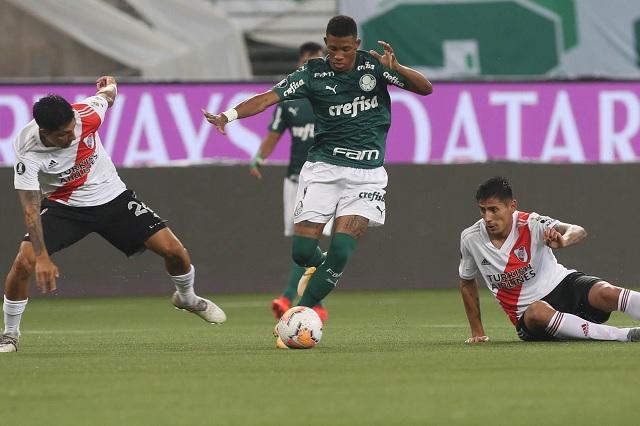 Con polémica incluida, Palmeiras es primer finalista de Copa Libertadores