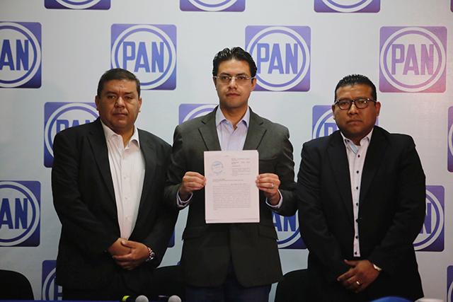 Ahora denuncia el PAN a Barbosa Huerta por violencia de género