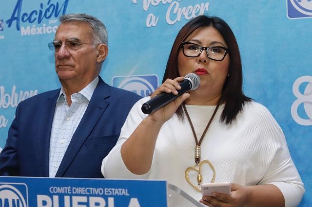 Afines a Genoveva acusan de chantaje a Rivera Pérez