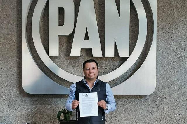 Busca Gustavo Meneses diputación federal por el Distrito 10 de Puebla