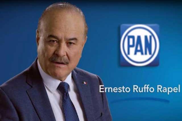 Video: El PAN le cambia apellido a Ruffo Appel y le pone Ernesto Ruffo Rapel