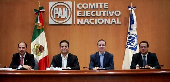 El PAN califica de acto autoritario la destitución del fiscal Santiago Nieto