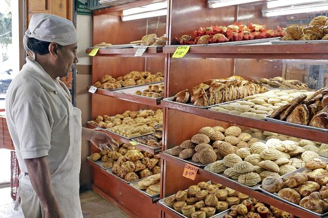 Llaman panaderos de Puebla a clientes a llevar su bolsa