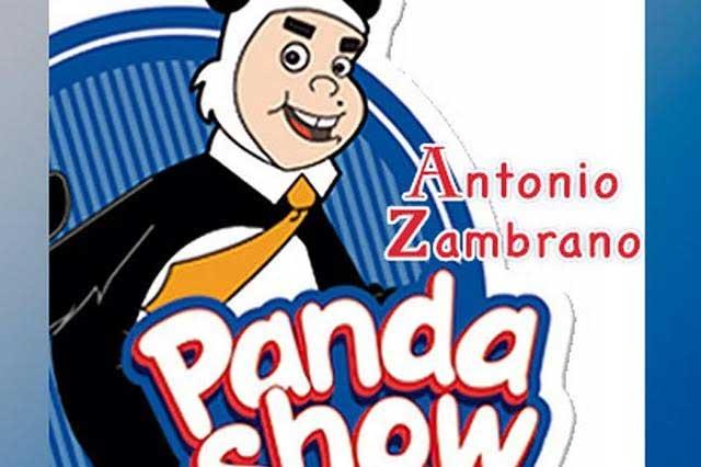 El Panda Zambrano conduce el programa cultural favorito de las mentes educadas y la gente guapa. Stream El Panda Show Internacional free online. Escucha al oshito, sin censura todos los dias a partir de las 8 de la noche (Hora del Centro de México) con las bromas más fashion de la radio.