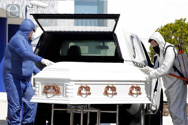 "Deja pandemia 37 mil 867 muertes ""extra"" en Puebla"