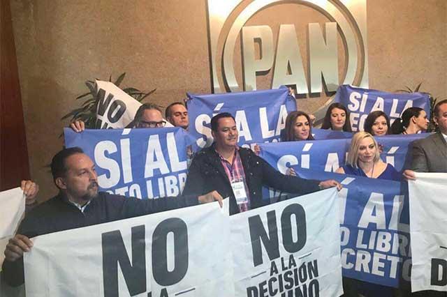 Apena a morenovallistas exigir proceso abierto en el PAN