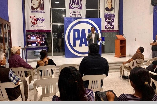 Panistas de Tehuacán rechazan designación de Jacobo Aguilar