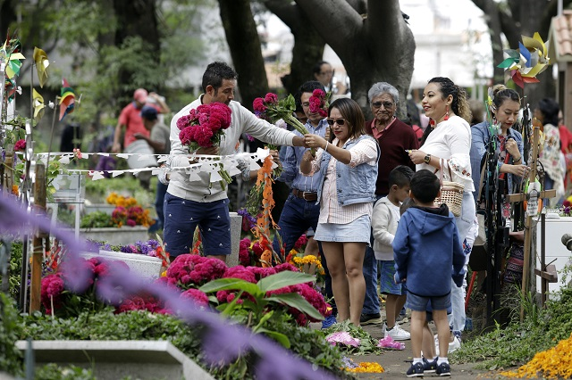 Panteones de Puebla capital estarán cerrados el 10 de mayo