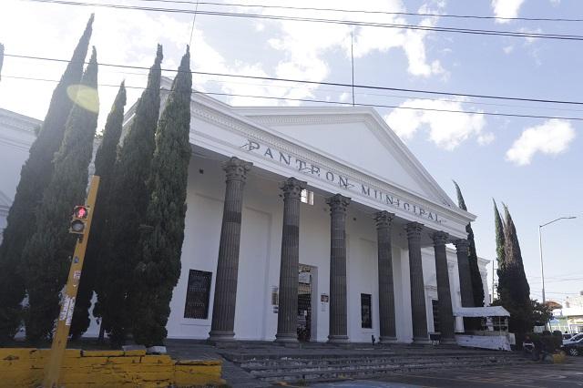 Crematorios en Puebla operan al máximo por víctimas de Covid-19