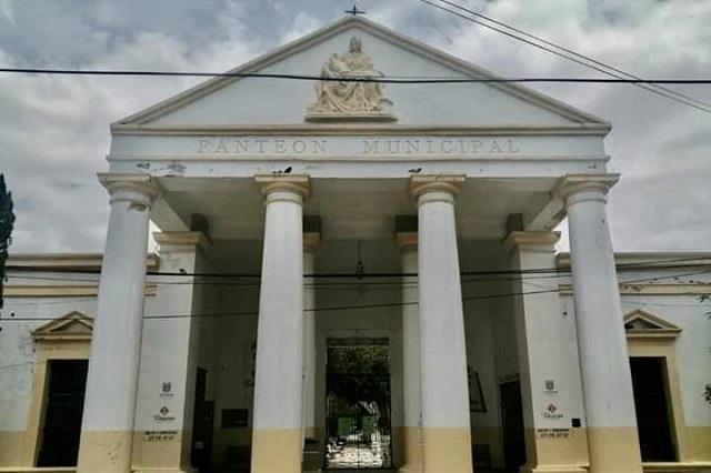 Cierran panteón municipal de Tehuacán este 2 de noviembre
