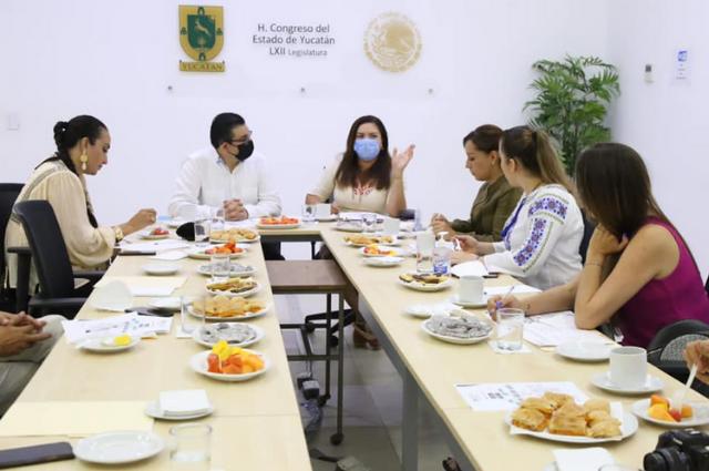 Viajan diputados electos del PAN Puebla a Yucatán