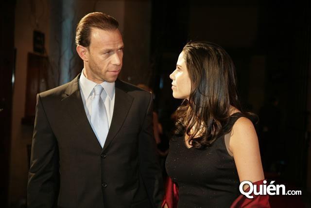 Dicen que Zague y Paola Rojas tienen crisis matrimonial y ya no viven juntos