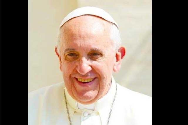 Desde Twitter, el Papa se despide de México y agradece cariño