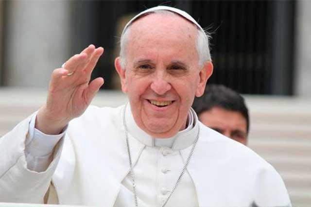 Critica el Papa a curas que creen saber tanto como Google o Wikipedia