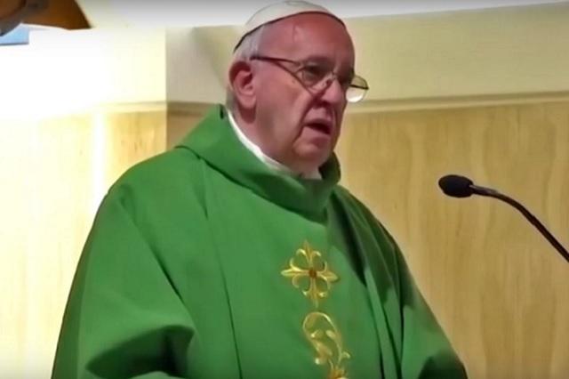 La homosexualidad está de moda, dice el Papa Francisco