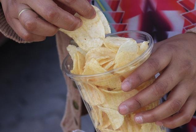Las 3 marcas de papas fritas que más sodio y grasas tienen, según Profeco
