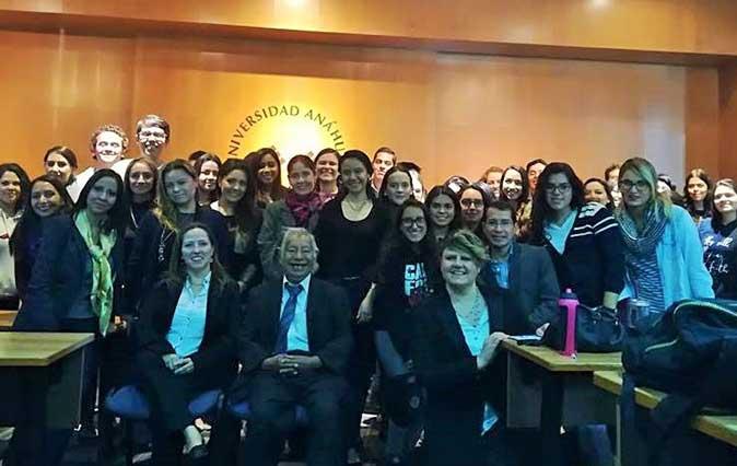 Presentaron el libro La Pareja Sana en la Universidad Anáhuac