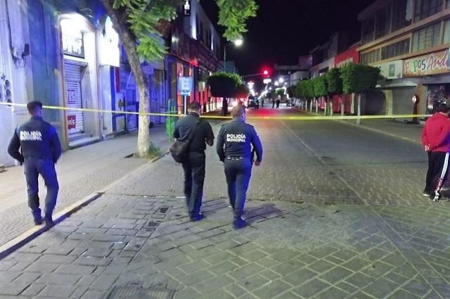Ejecutan a pareja a una cuadra del Palacio Municipal en Tehuacán
