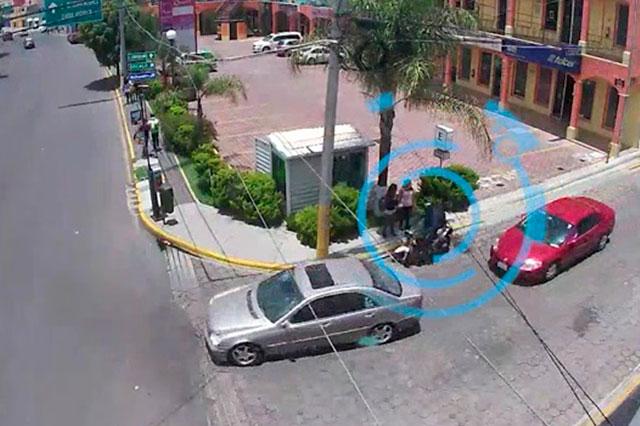 Siguen en video a supuestos asaltantes y los capturan en Puebla