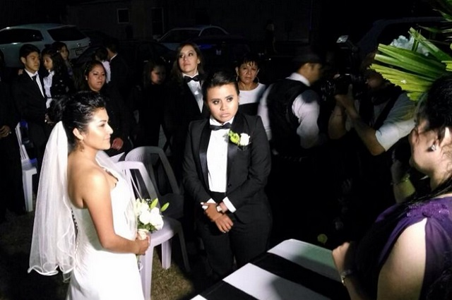 Primer Matrimonio Gay Catolico : Video declaran legal el primer matrimonio gay en puebla