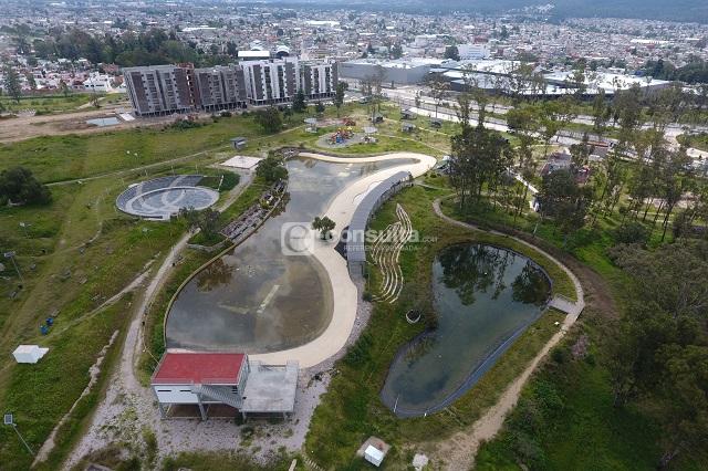 Anuncian rehabilitación de 5 parques de Puebla capital