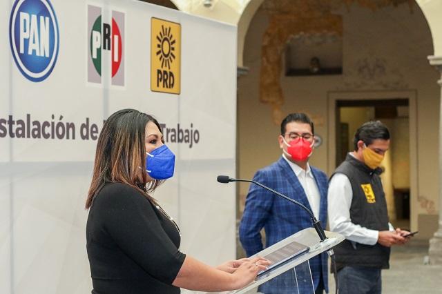 Se concreta bloque opositor en Puebla con PRI, PAN y PRD