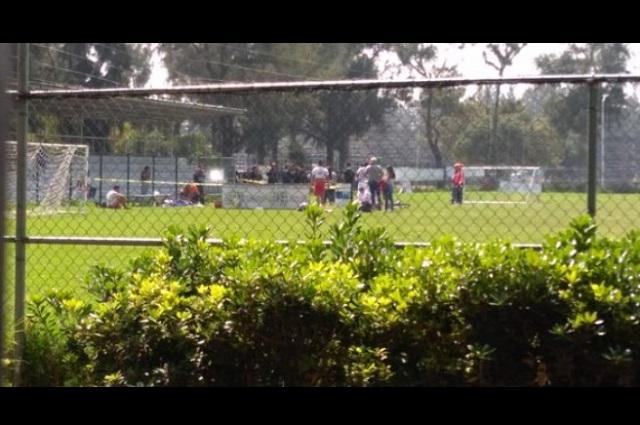 Con jugador apuñalado acaba partido de fútbol en Tehuacán