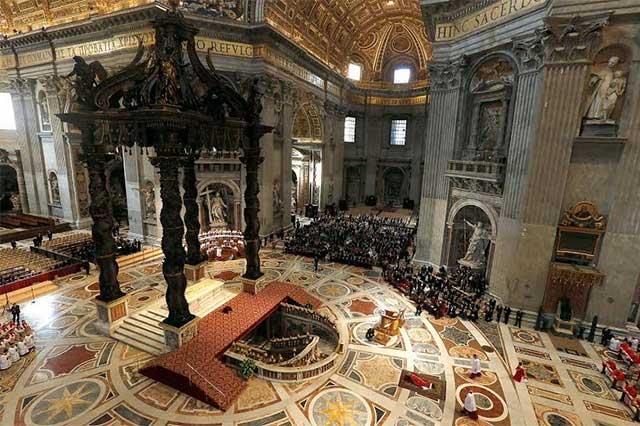 Encabeza el Papa la Pasión de Cristo en El Vaticano