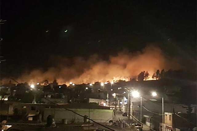 Aparatoso incendio de pastizales en la XXV Zona militar