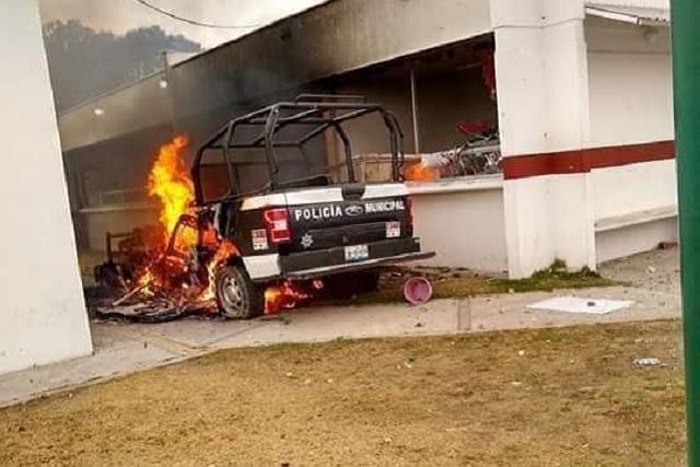 Van contra los que quemaron patrullas en disturbios de Acajete