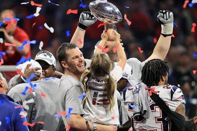 Patriotas iguala a los Acereros en títulos de la NFL