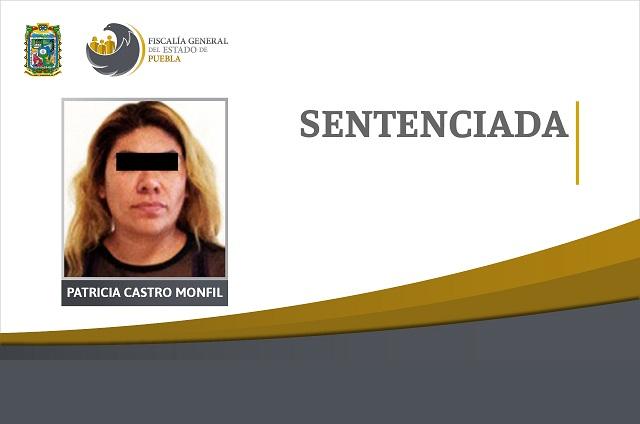 Mujer va presa por robar a mano armada auto en Tehuacán