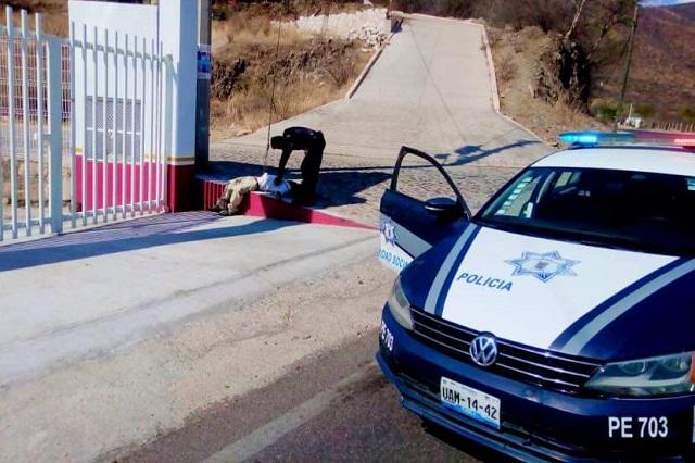 Durante contingencia, gobierno de Puebla dona patrulla a Xayacatlán