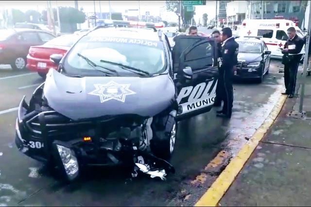 Destrozan patrulla tras choque con un particular en Las Ánimas