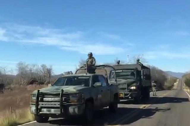 Patrullas artilladas cuidan seguridad de AMLO en su visita a tierra de El Chapo