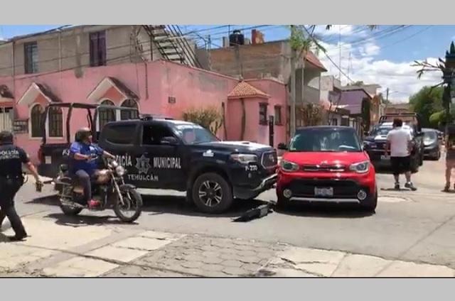 Recuperan dos de tres patrullas chocadas por policías de Tehuacán