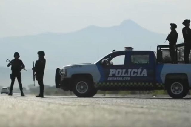 Comando armado ejecuta a mando policiaco de Celaya, Guanajuato