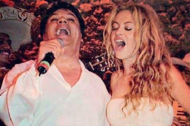Paulina Rubio recuerda que Juan Gabriel asistió a su boda