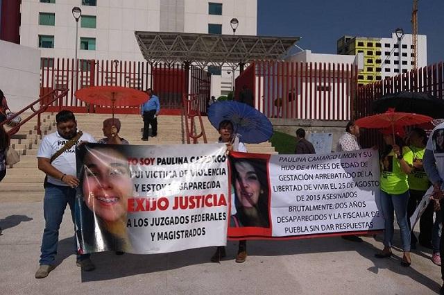 Familia de Paulina protesta previo a resolución del amparo de Chema