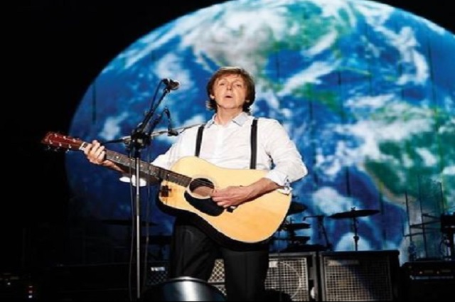 Paul McCartney recibe vacuna contra el covid-19